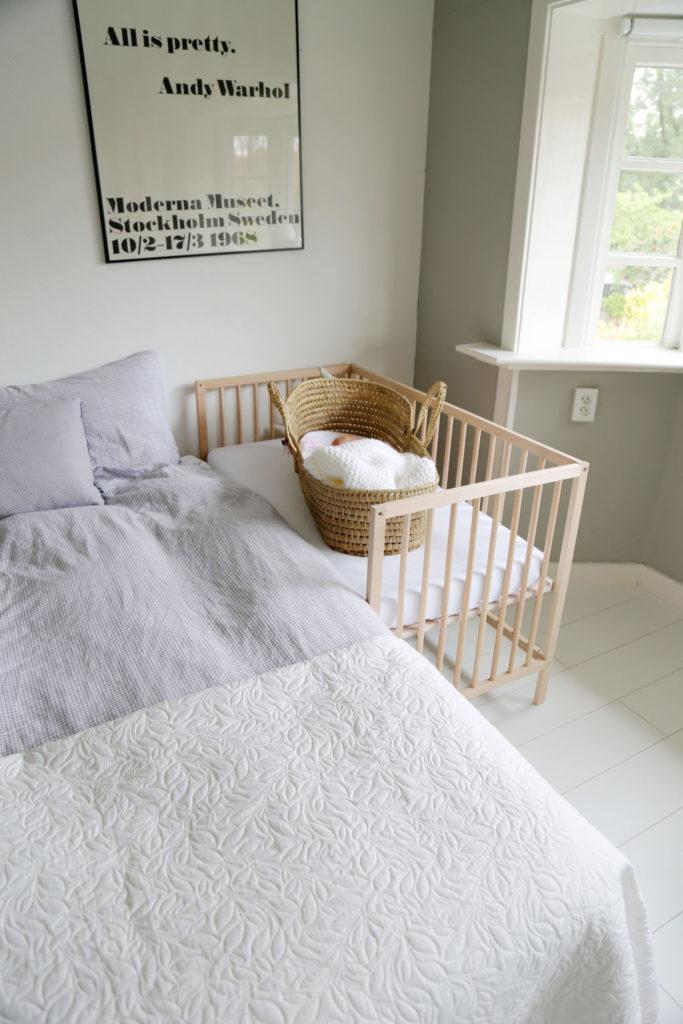Imprescindibles para la llegada del bebe - Ikea hack Cuna colecho bebe