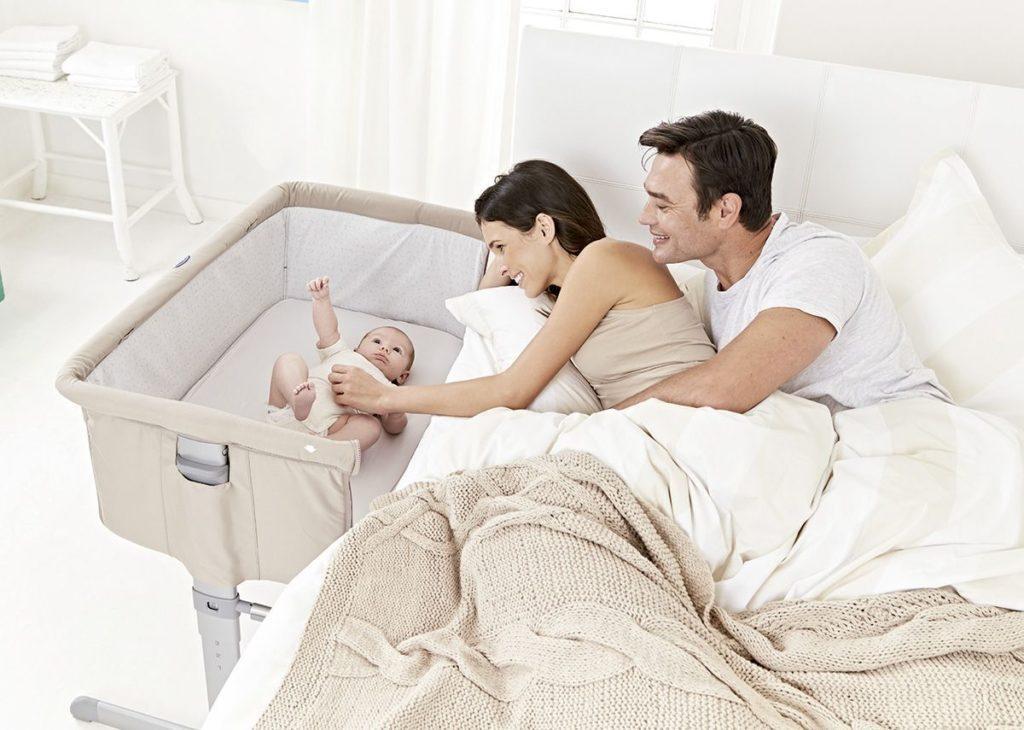 Imprescindibles para la llegada del bebe - Minicuna Colecho Chicco Next2me